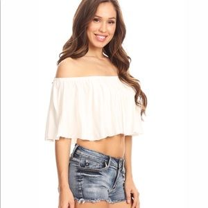 Tops - NWT $50 Flowy Off The Shoulder Crop Top Shirt